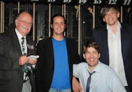 Unser Autor Jan Kurlemann (ganz links) mit den Kabarettisten Philipp Weber, Claus von Wagner und Mathias Tretter (von links nach rechts)