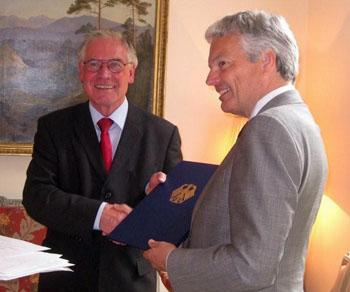 Didier Reynders mit Bundesverdienstkreuz ausgezeichnet
