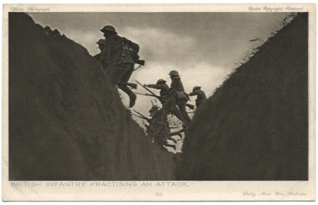 bild3Daily Mail 39 - British Infantry Practising an attack - Collection Wim van de Hulst
