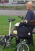 Radfahrer leben getrennt/1.Teil: Von Windrädern und Treibsandstränden