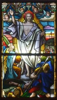 Die Auferstehung eines Kirchenfensters
