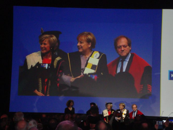 Dr. belg. e.h. mult. Angela Merkel, persönlich erlebt