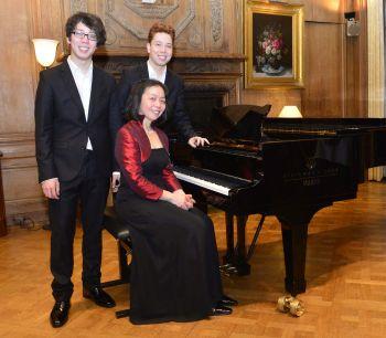 Blutjunge Musiker lassen Schlosssaal vibrieren