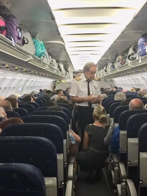 Miterlebt: TUI-Horrorflug von Athen nach Brüssel