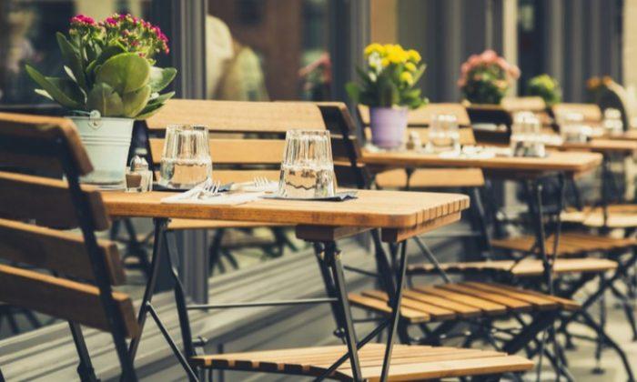 Mitten in Brüssel: Terrassen laden zum Sonne tanken ein