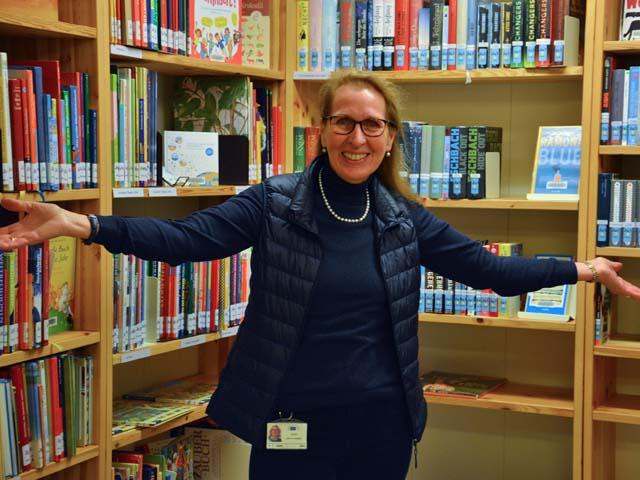 Brüsseler Emmaus-Bibliothek startet kontaktlosen Ausleihverkehr
