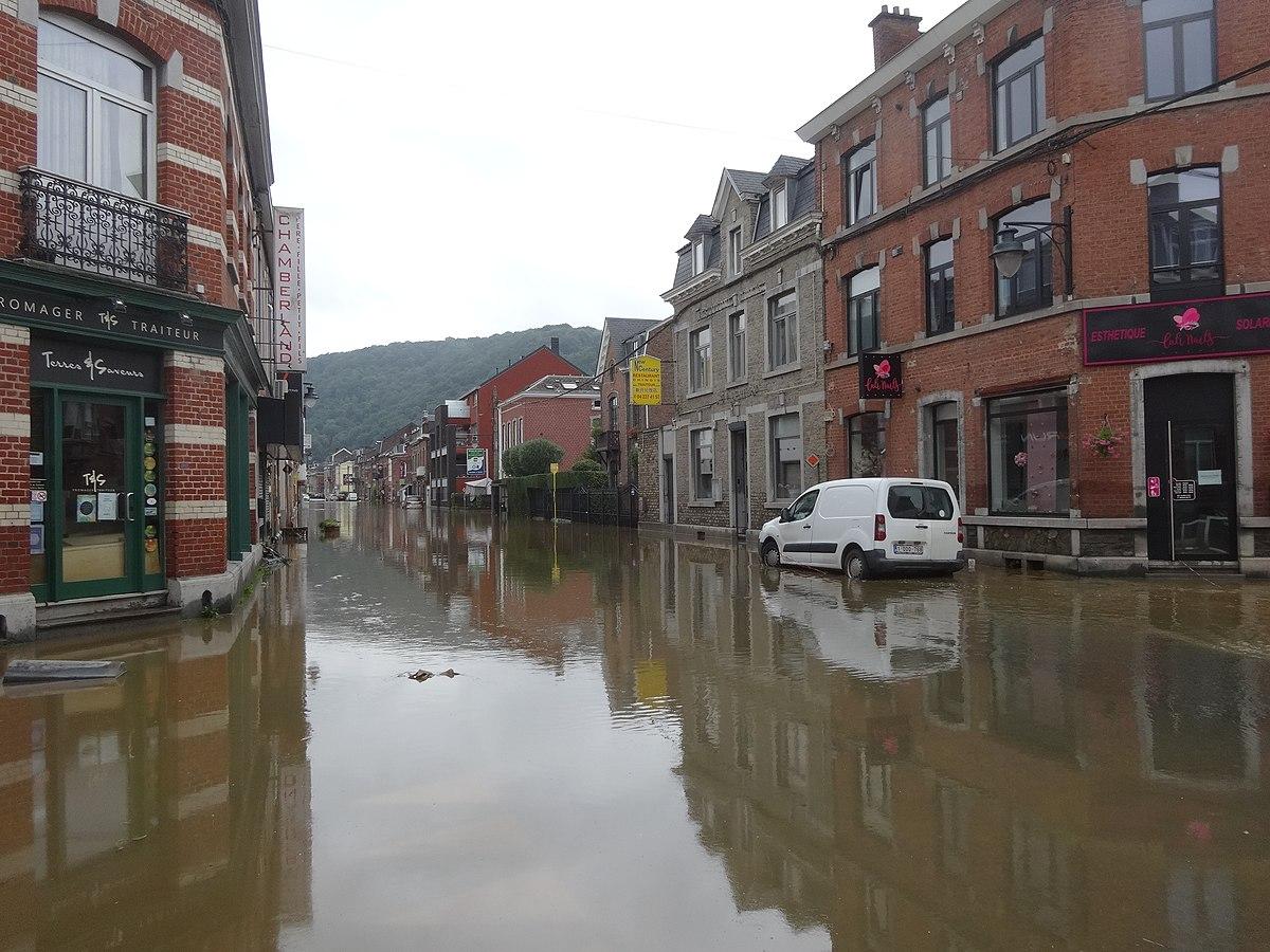 Spenden für Hochwasseropfer in Belgien